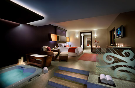 hard_rock_hotel_suite300